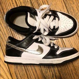 Nike Dunks White/Black/Silver wm 7